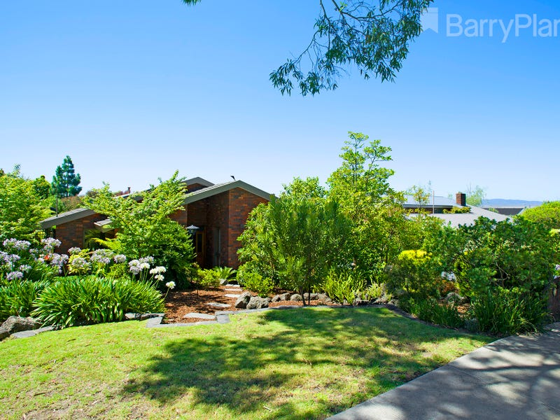 9 Ajax Drive, Wheelers Hill, Vic 3150