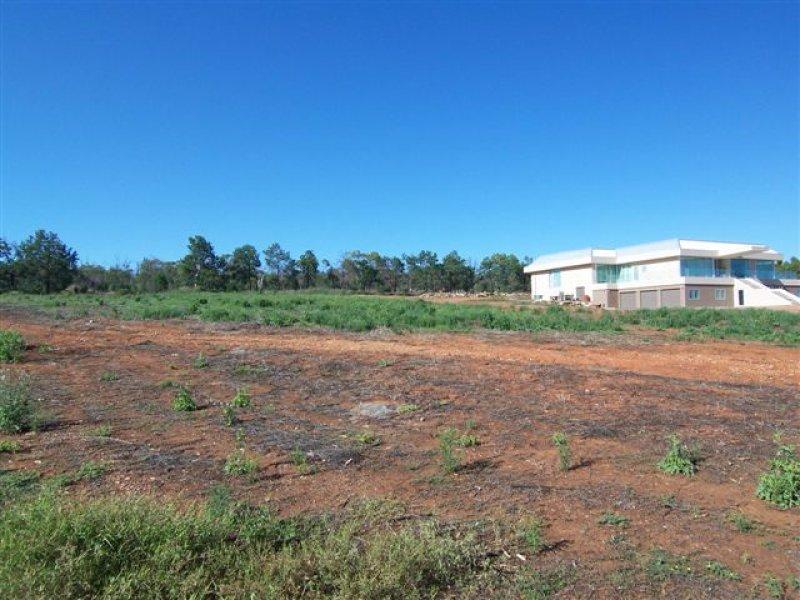 5 Candice Place, Lake Wyangan, NSW 2680