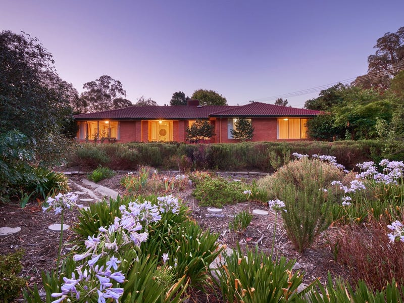 33 Alfred Hill Drive, Melba, ACT 2615