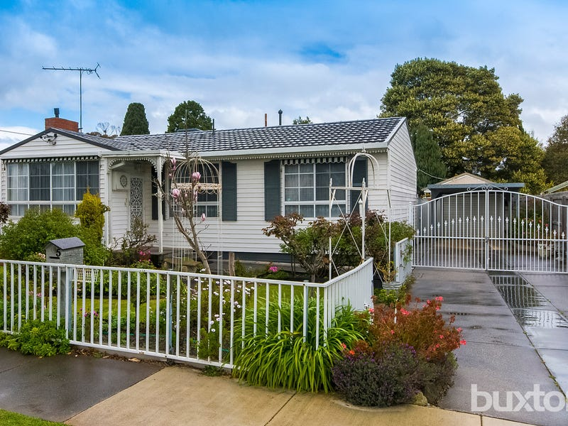5 Itkeston Street, Herne Hill, Vic 3218