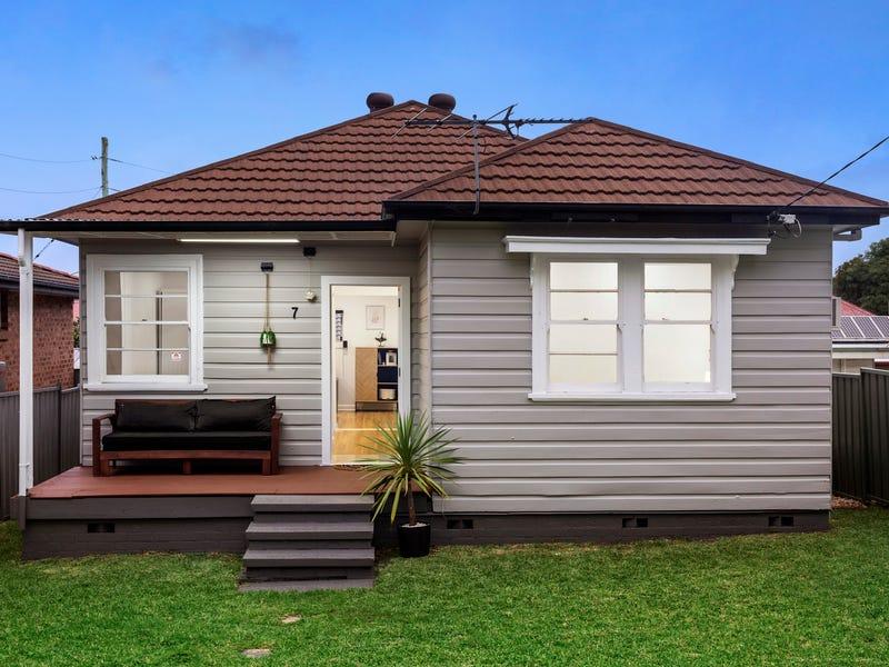 7 Hugo Close, Jesmond, NSW 2299