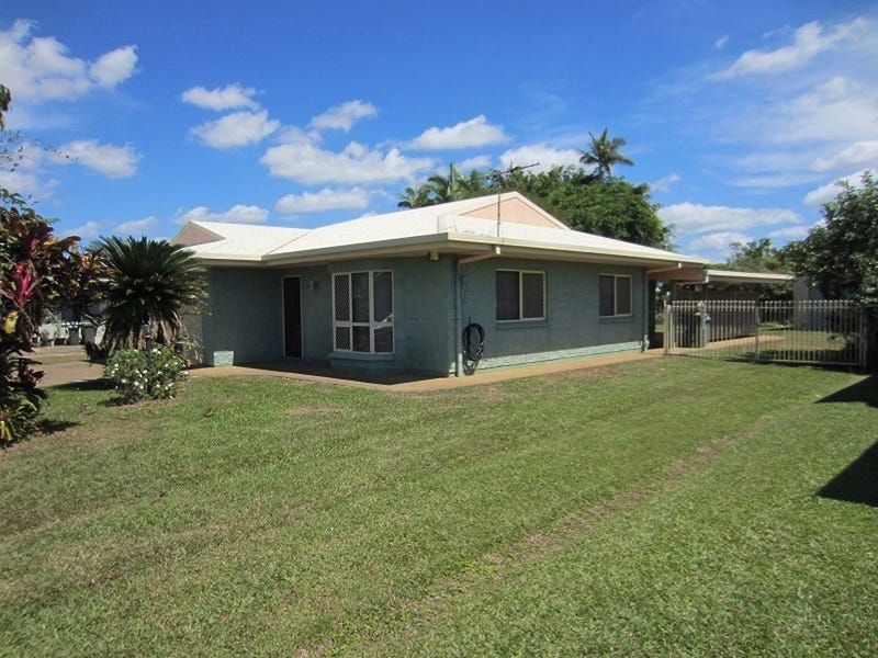 8 PAUL STREET, Cullinane, Qld 4860