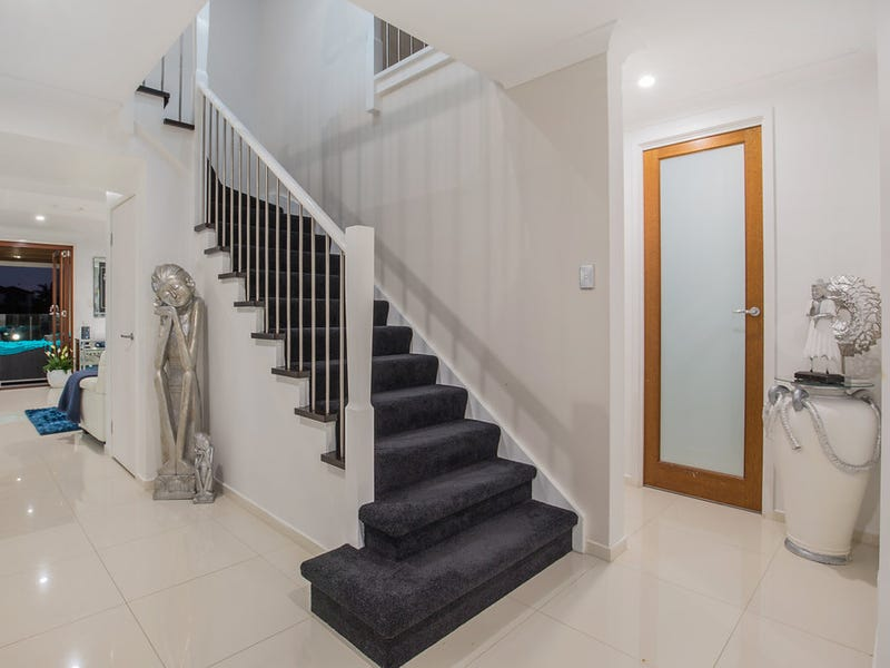 40 The Peninsula, Helensvale, Qld 4212