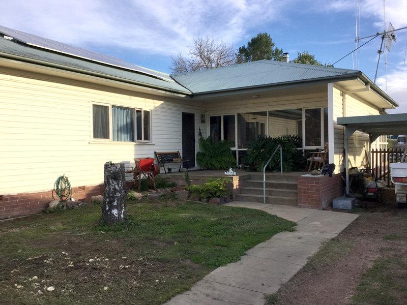 82 Caveat Street, Bombala, NSW 2632
