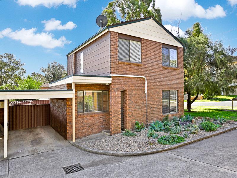 7/57 Lithgow Street, Campbelltown, NSW 2560