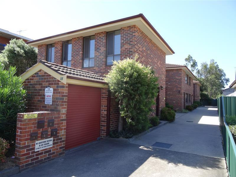 1-4/16 Wrentmore Street, Fairfield, NSW 2165