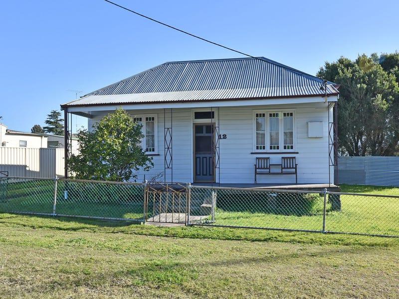 12 Daniel Street, Cessnock, NSW 2325