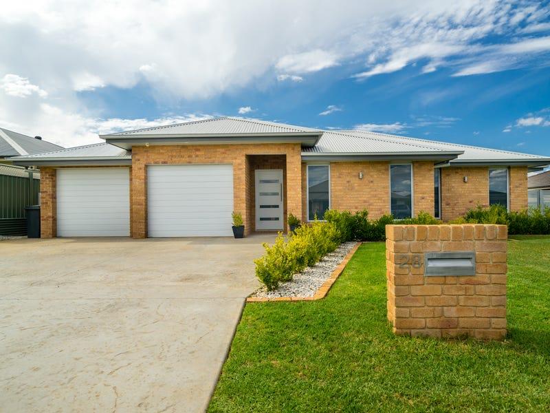 28 Holmwood Drive, Dubbo, NSW 2830