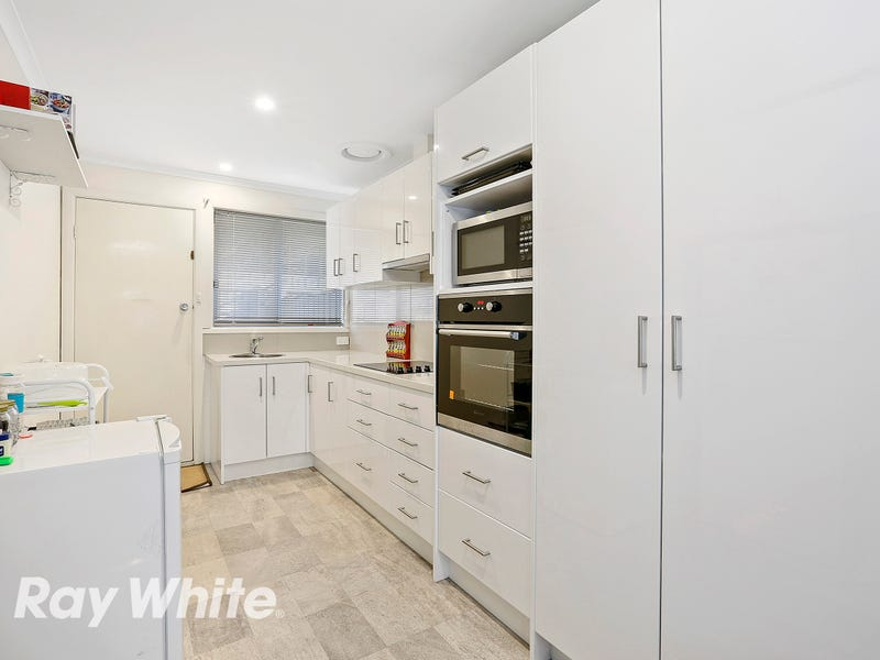 2/10 Oliver Street, Manifold Heights