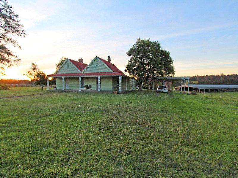 702 Wollombi Road, Bishops Bridge, NSW 2326