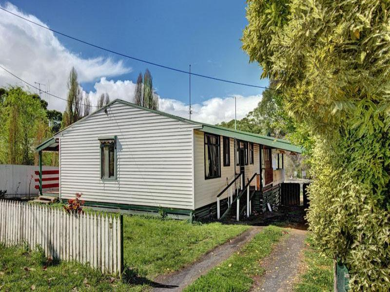 3 RAILWAY PLACE, Tallarook, Vic 3659