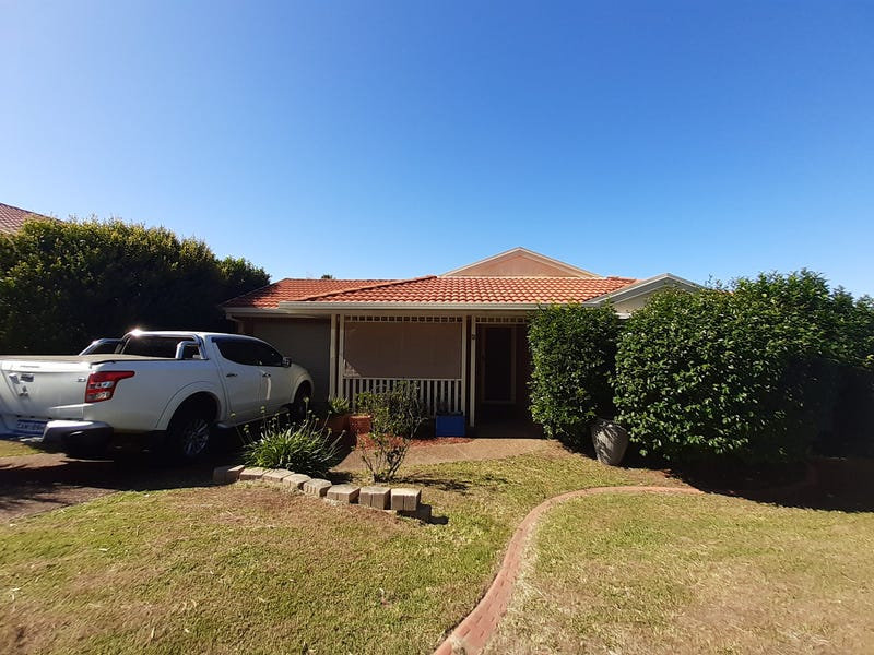 2 Cypress Close, Blue Haven, NSW 2262