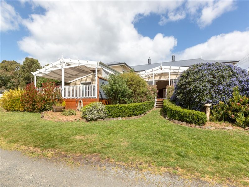 39 Davies Road, Lower Snug, Tas 7054