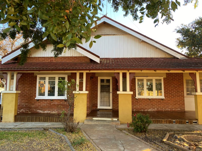 8 Battye Street, Forbes, NSW 2871