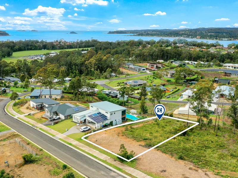 18 Bayridge Drive, North Batemans Bay, NSW 2536