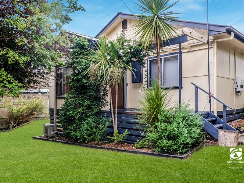 110 Hazel Road, Kalimna, Vic 3909