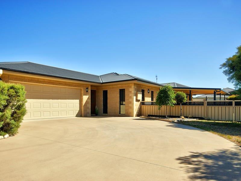 482 Henry Street, Deniliquin, NSW 2710