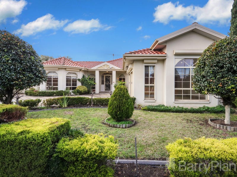 222 Station Road, Cairnlea, Vic 3023