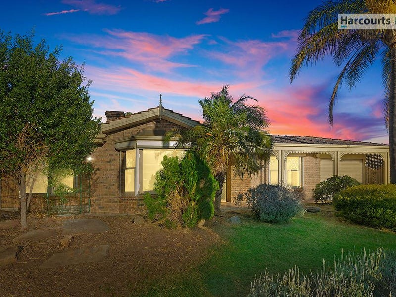 28 Zeevalk Avenue, Hallett Cove, SA 5158