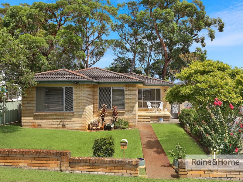 1 Lake Road, Blackwall, NSW 2256