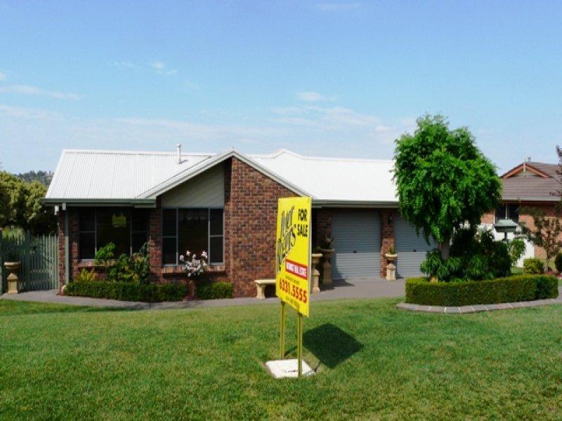 35 Freestone Way, Bathurst, NSW 2795