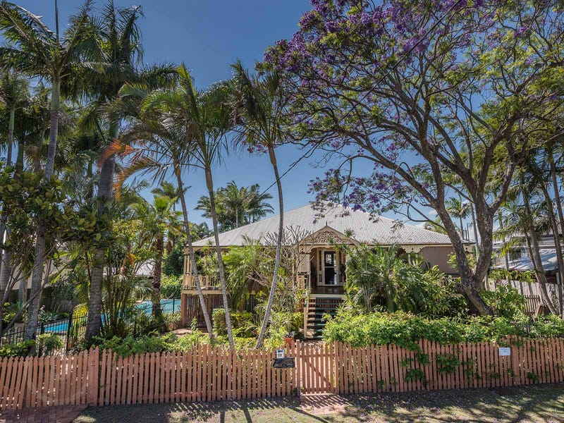 139 Virginia Avenue, Hawthorne, Qld 4171
