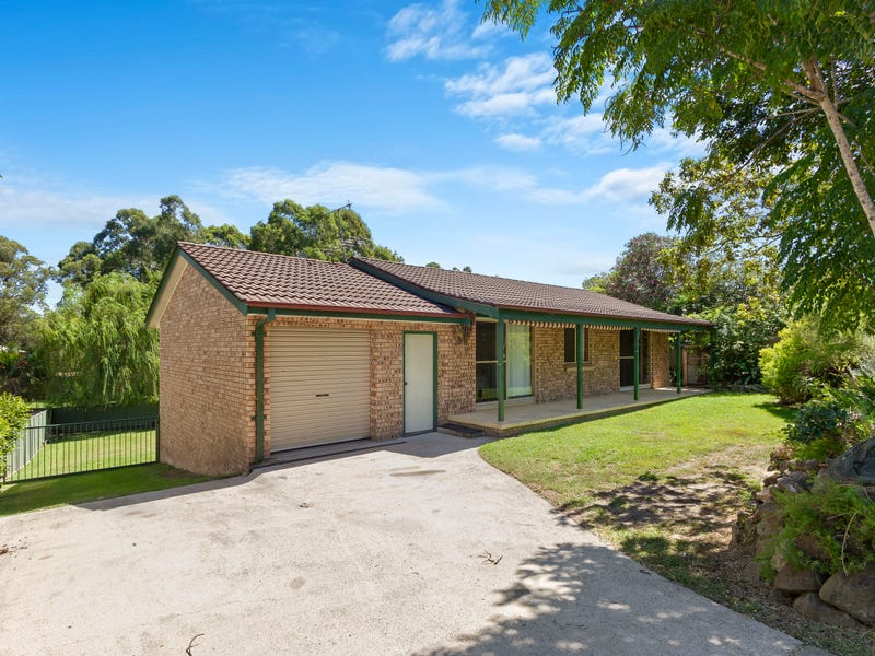 8 Palm Place, Surfside, NSW 2536