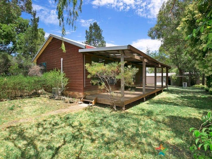 222 Canambe Street, Armidale, NSW 2350