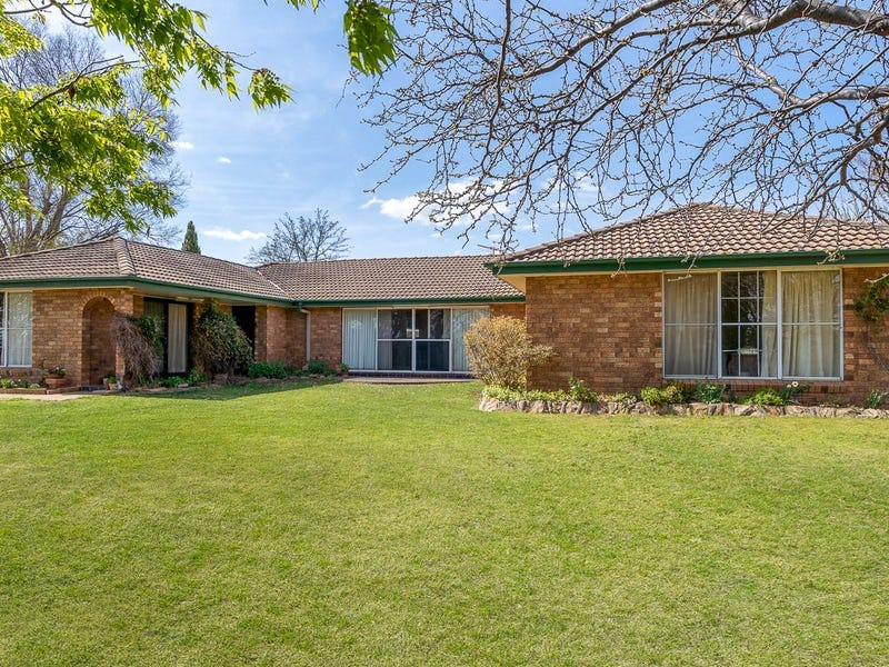722 Sofala Road, Laffing Waters, NSW 2795