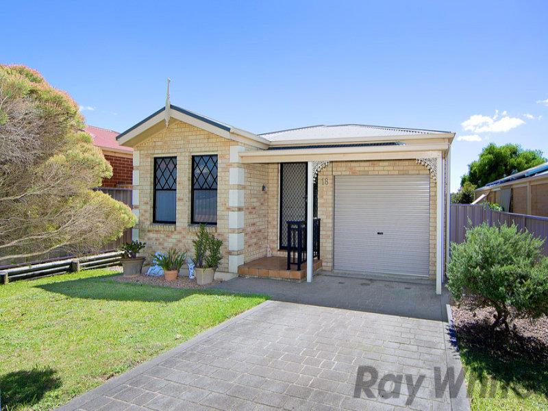 18 Winchester Drive, Lake Munmorah, NSW 2259