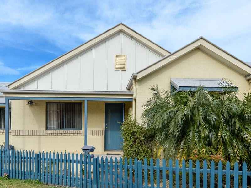 13 North Terrace, Dapto, NSW 2530
