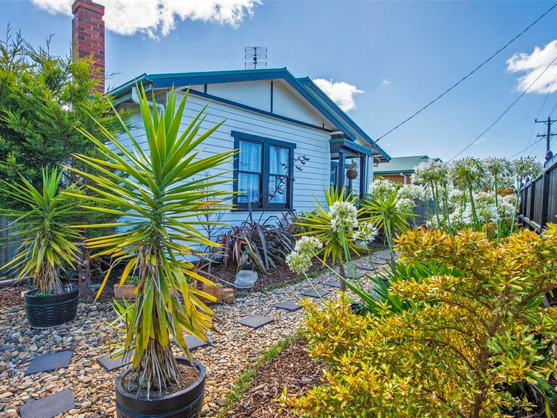 61 Queen Street, West Ulverstone, Tas 7315