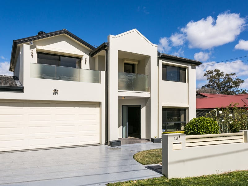 32B Universal Avenue, Georges Hall, NSW 2198