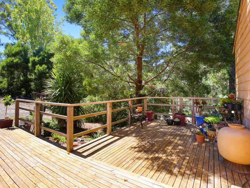 30 Gembrook-Launching Place Road, Launching Place, Vic 3139