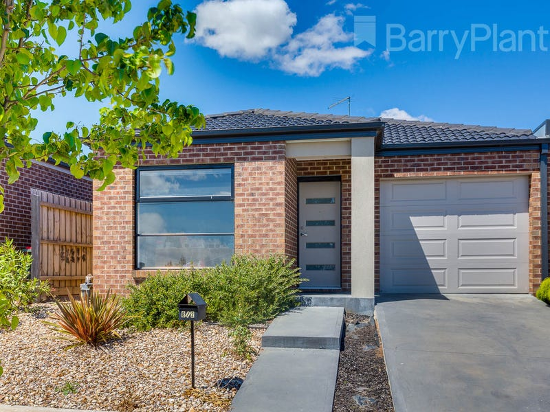 2/8 Pads Way, Sunbury, Vic 3429