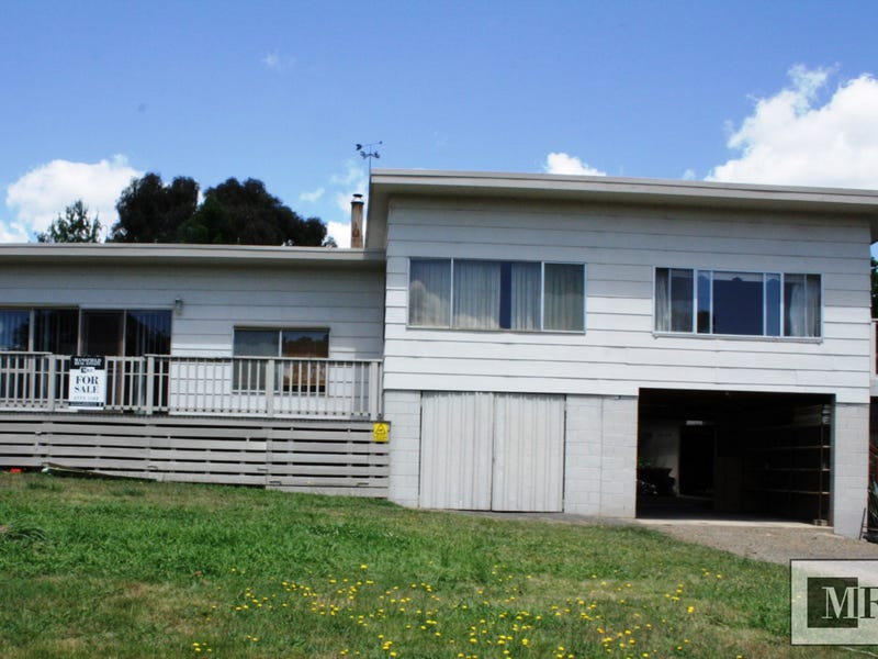 7 Lake Drive, Howqua Inlet, Vic 3723