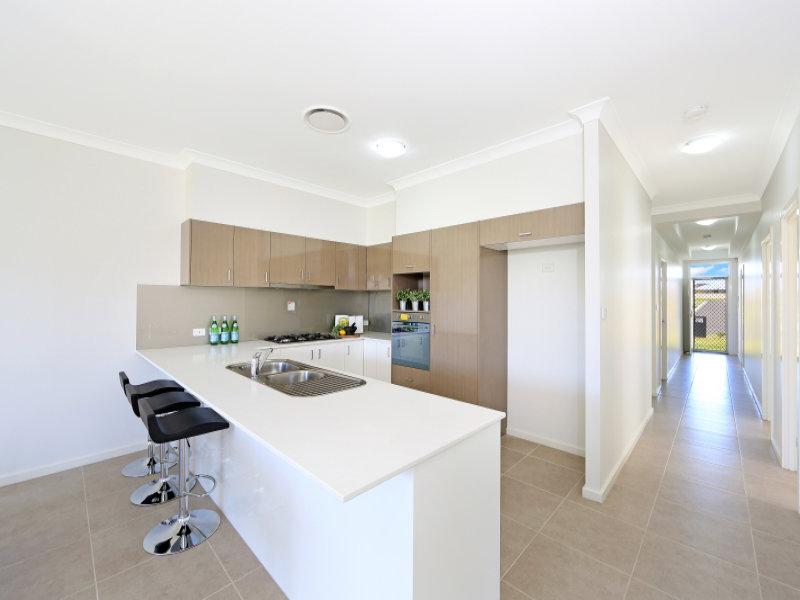 2/17 Bluewattle Road, Worrigee, NSW 2540