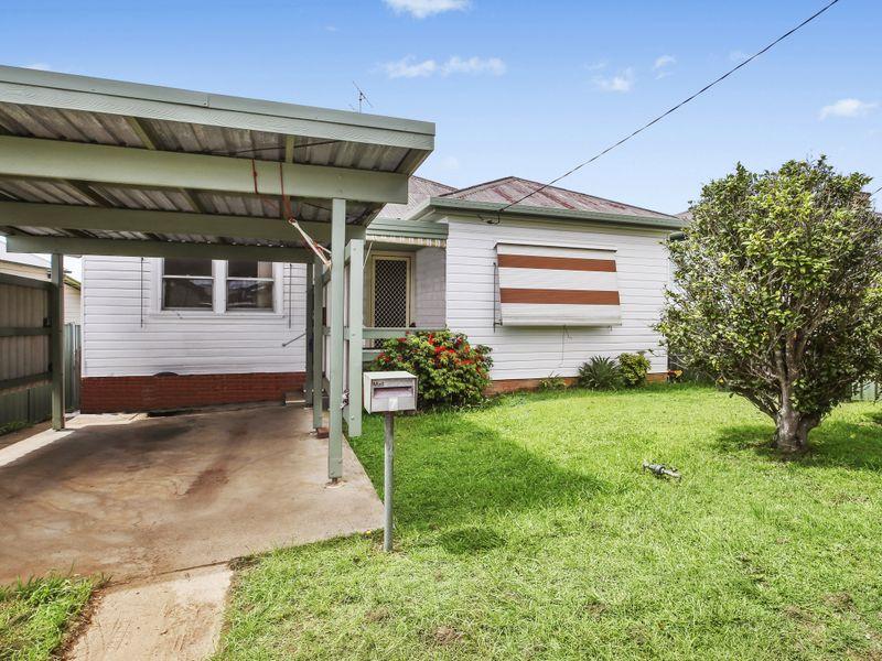 7 Cameron Street, West Kempsey, NSW 2440
