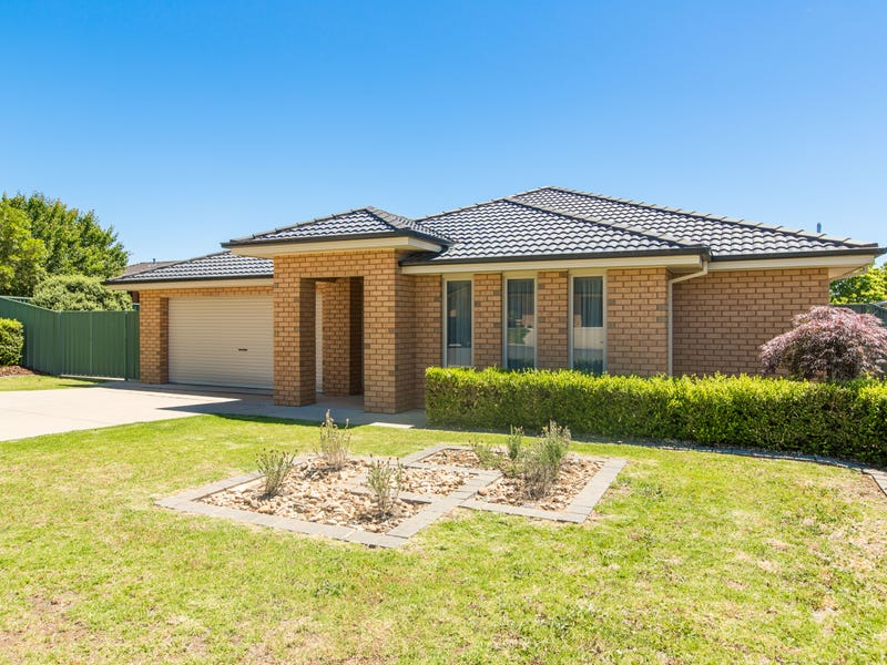 9 Protea Place, Forest Hill, NSW 2651