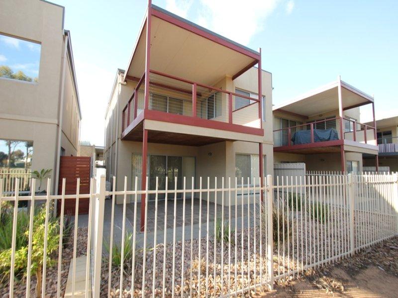 3/3 Oates Street, Port Hughes, SA 5558