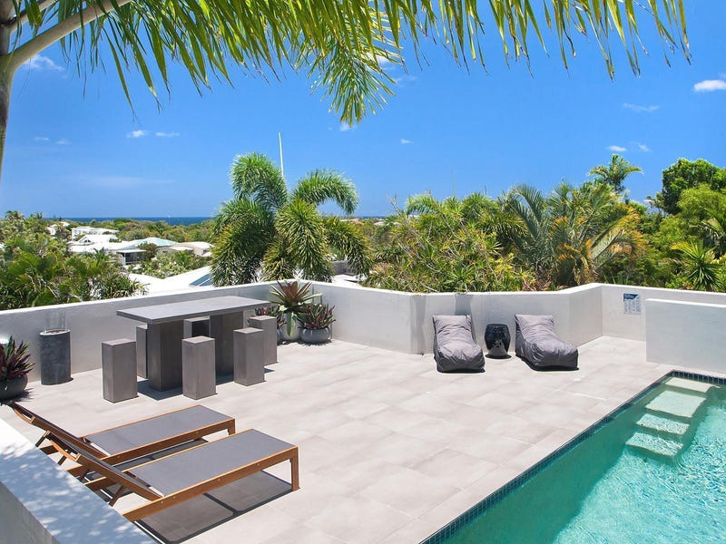 11 Voyagers Place, Sunrise Beach, Qld 4567