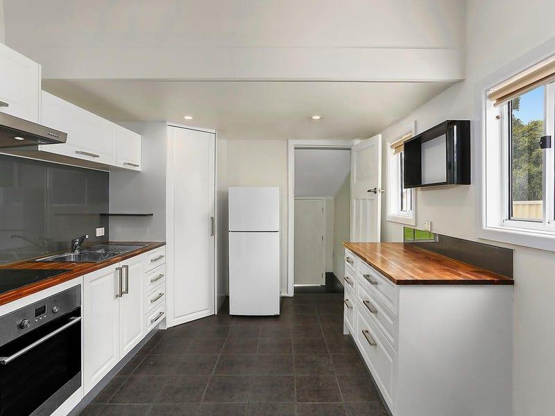 27 Hoskins Street, Moss Vale, NSW 2577