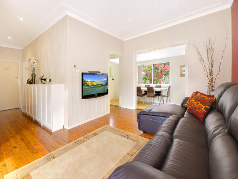 9 Somerville Road, Hornsby Heights, NSW 2077