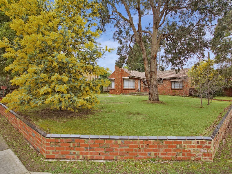 11 Haslemere Road, Mitcham, Vic 3132