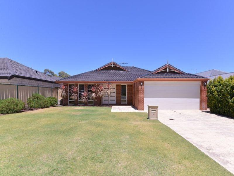 39 Messina Drive*, Sinagra, WA 6065