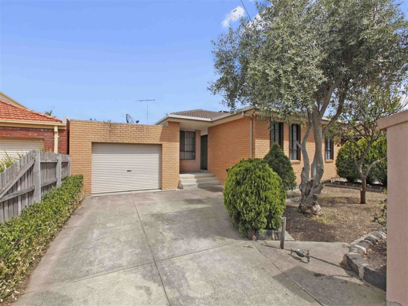 33 Grand Parade, Epping, Vic 3076