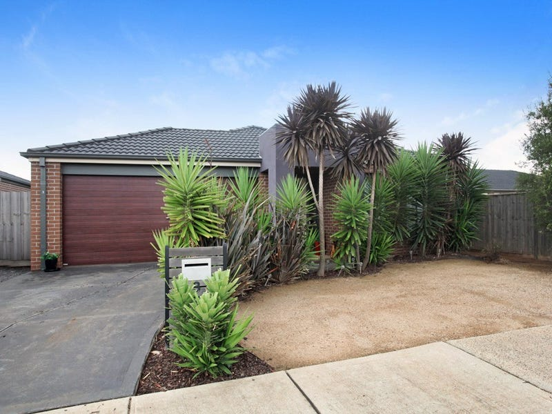 3 Goodenia Place, Brookfield, Vic 3338