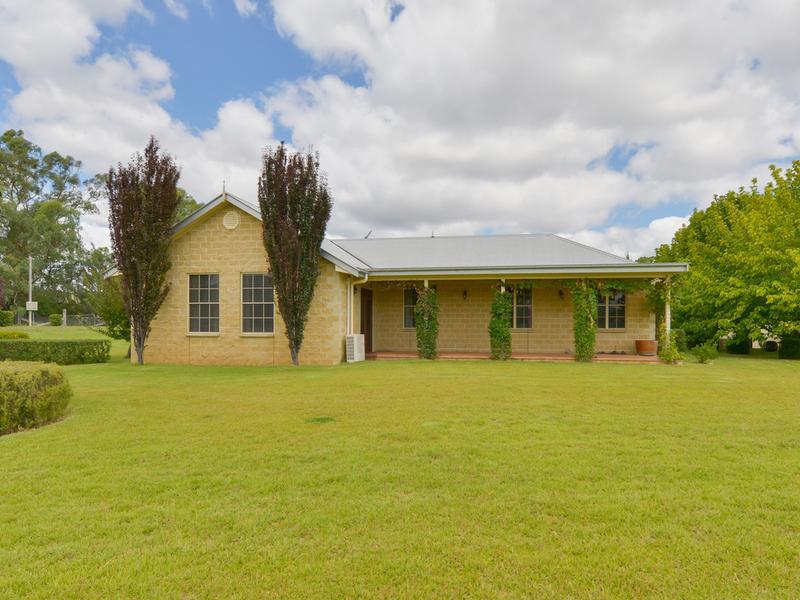 41 Baldocks Road, Wallabadah, NSW 2343
