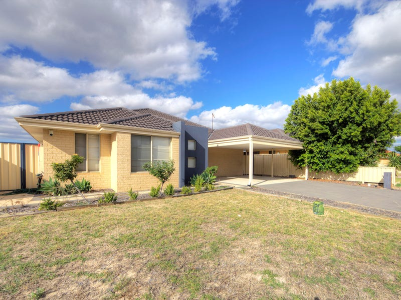 20 Rosemary  Street, Wattle Grove, WA 6107