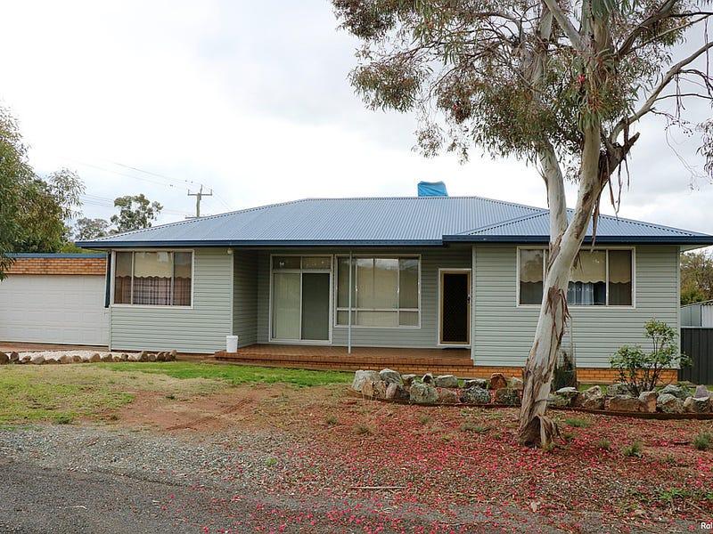 86 Woodward Street, Parkes, NSW 2870